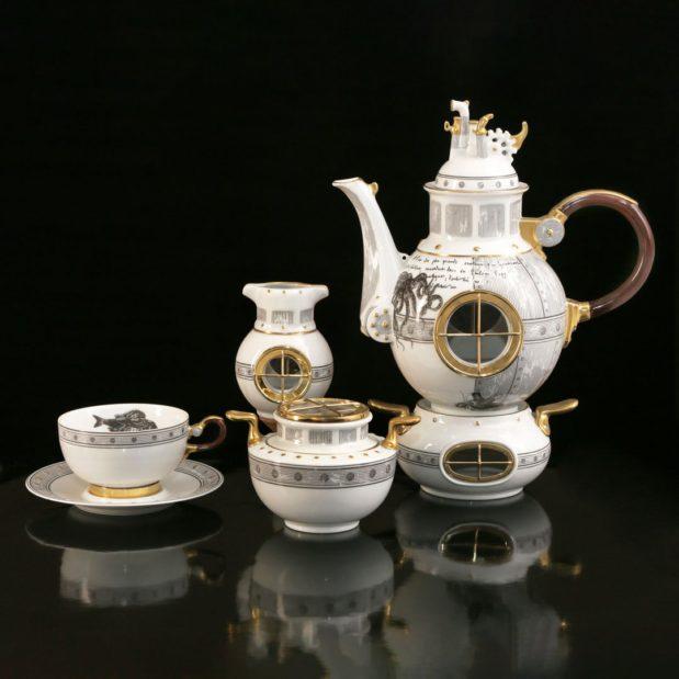 Jules Verne Porcelain Tea Set Limited Edition Crystallo by Thun Studio Composition 1e